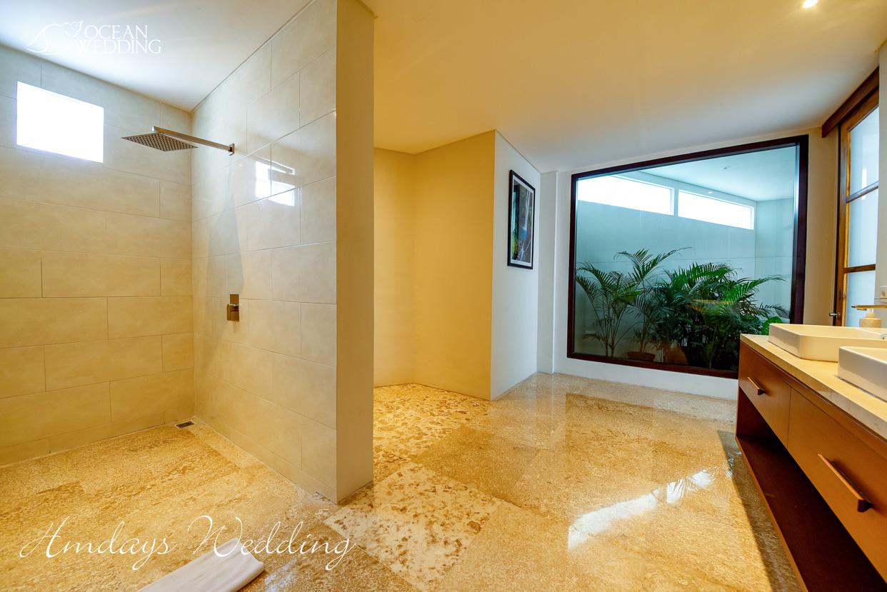 巴厘岛梦幻岛盥洗室 巴厘岛梦幻岛婚礼山庄准备间及休息室