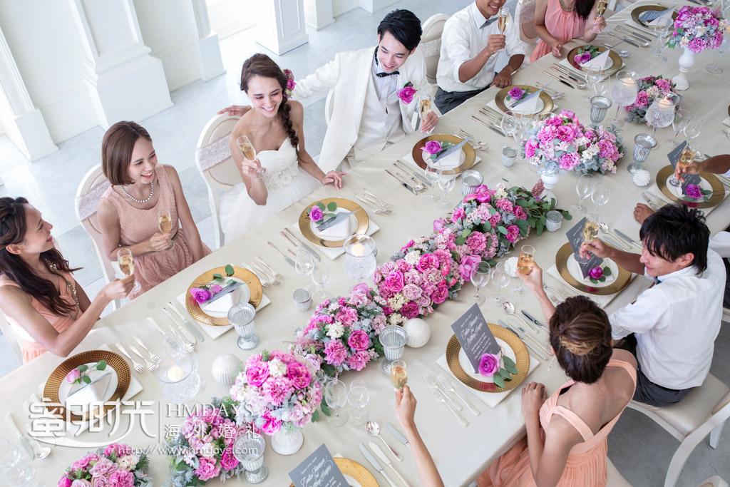 大家兴高采烈的用餐 冲绳拉索尔(海之翼)教堂婚礼