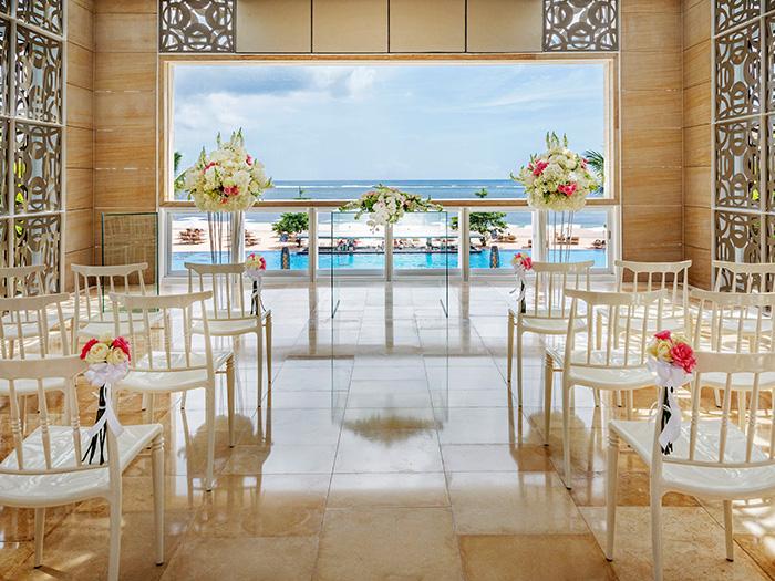 穆丽雅教堂布置 巴厘岛和美教堂婚礼