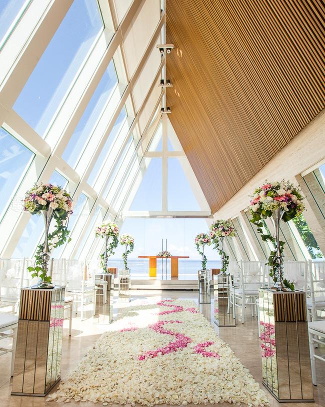 升级布置06版 巴厘岛港丽无限教堂婚礼
