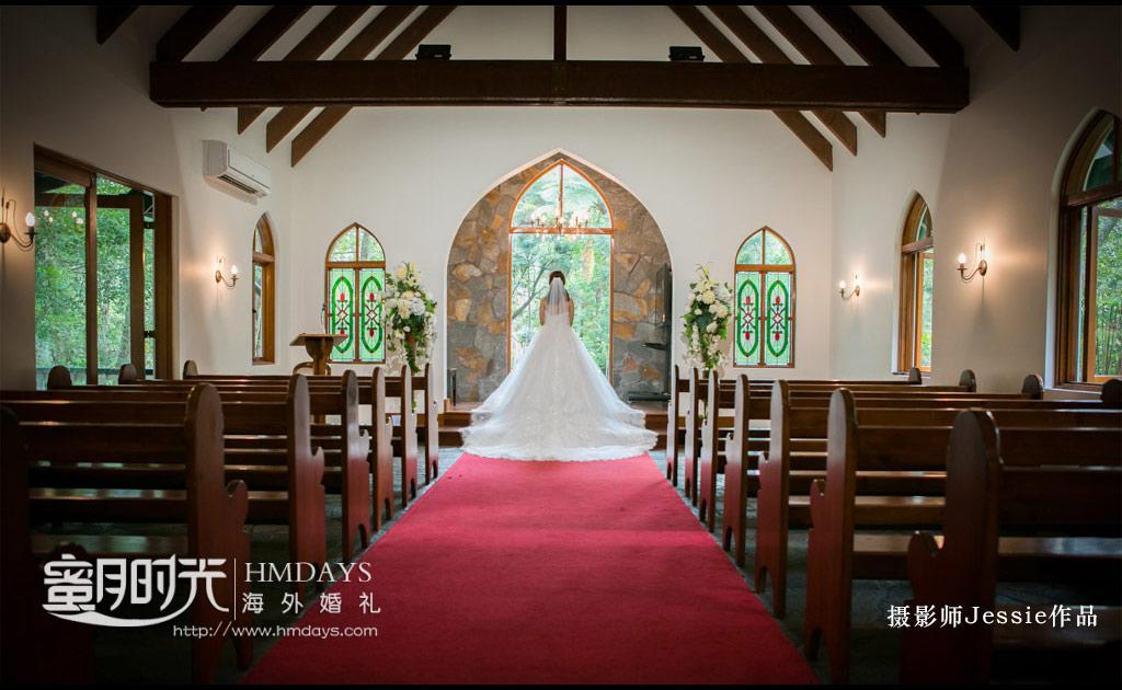 迷人的新娘背影 澳洲庄园教堂婚礼