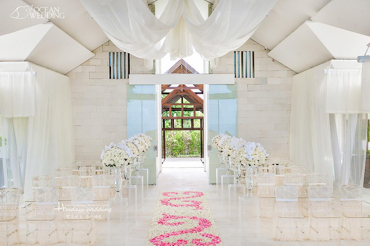 巴厘岛 海之教堂婚礼 EIGHT版布置 白色 免费