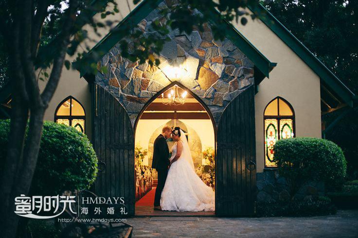 傍晚拍摄婚纱照 澳洲庄园教堂婚礼