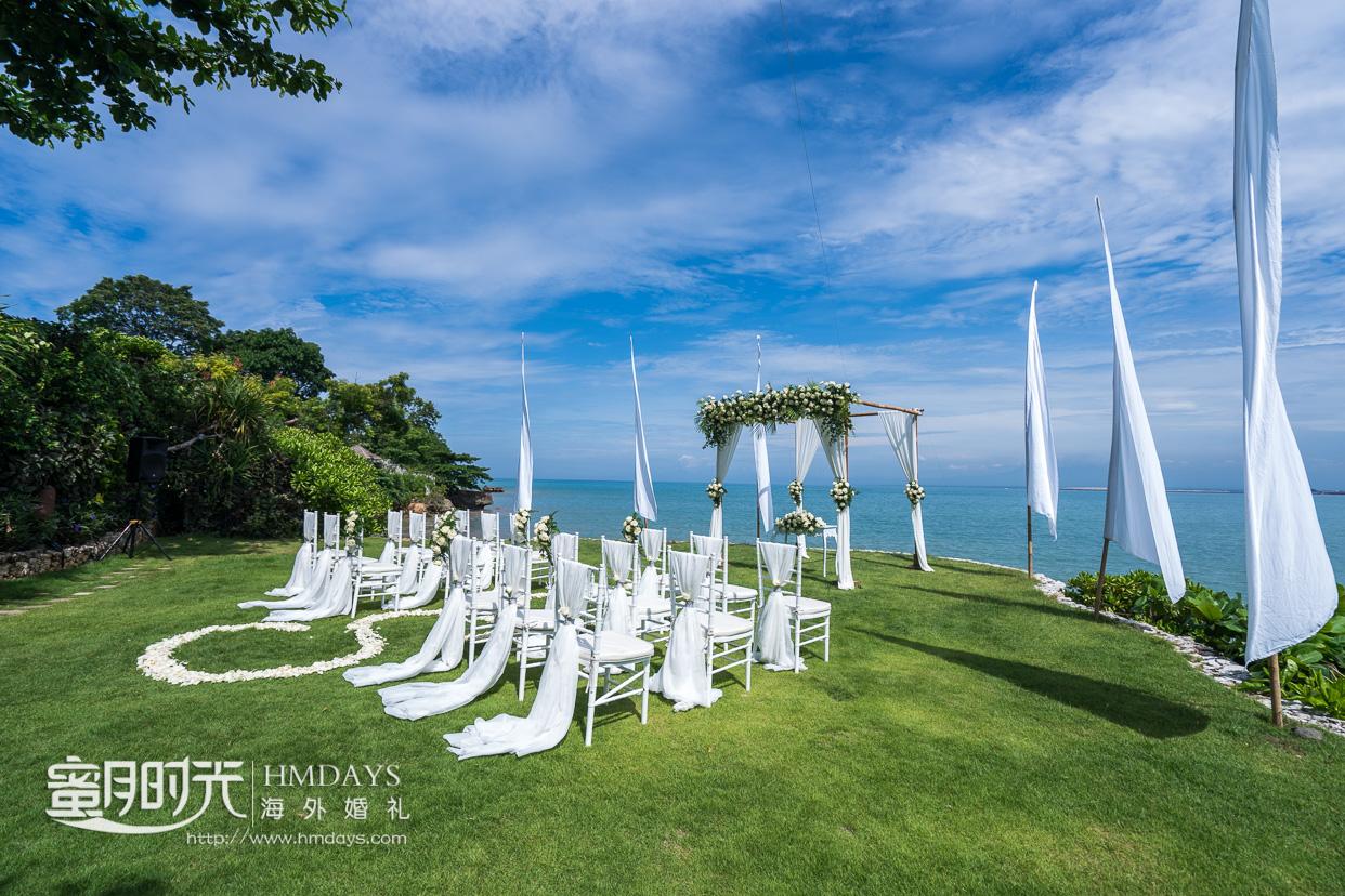 巴厘岛四季酒店海景草坪婚礼