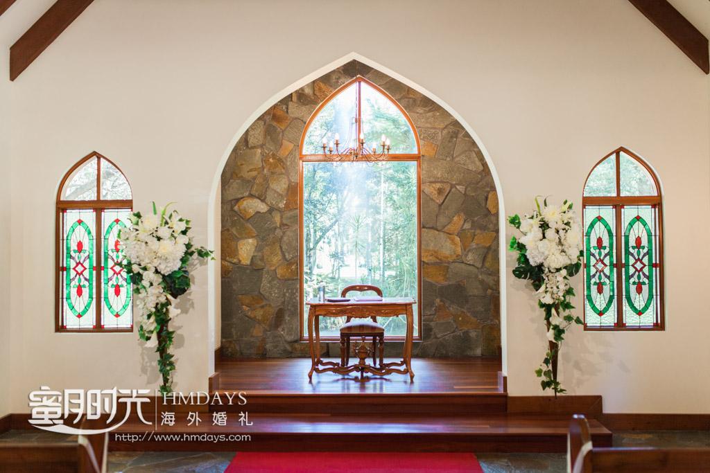 教堂圣台特写 澳洲庄园教堂婚礼