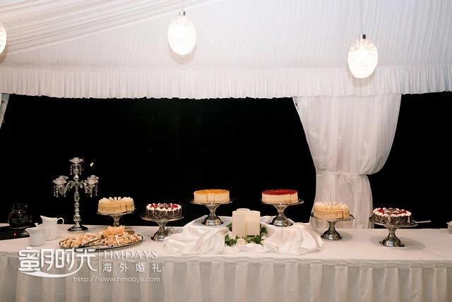 各色甜品蛋糕台 澳洲庄园婚礼晚宴