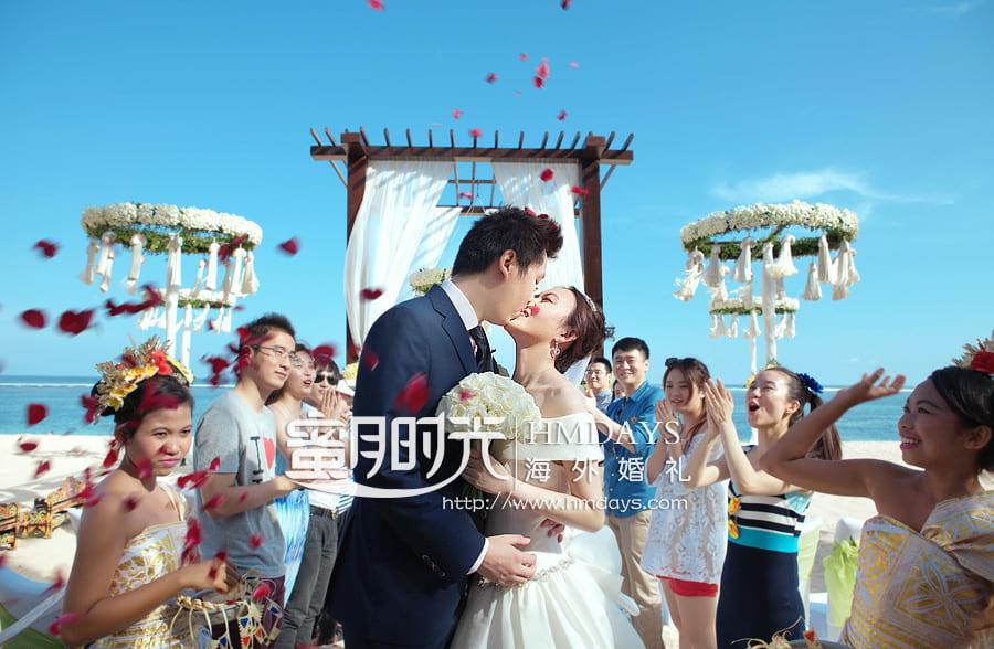 巴厘岛瑞吉海滩婚礼