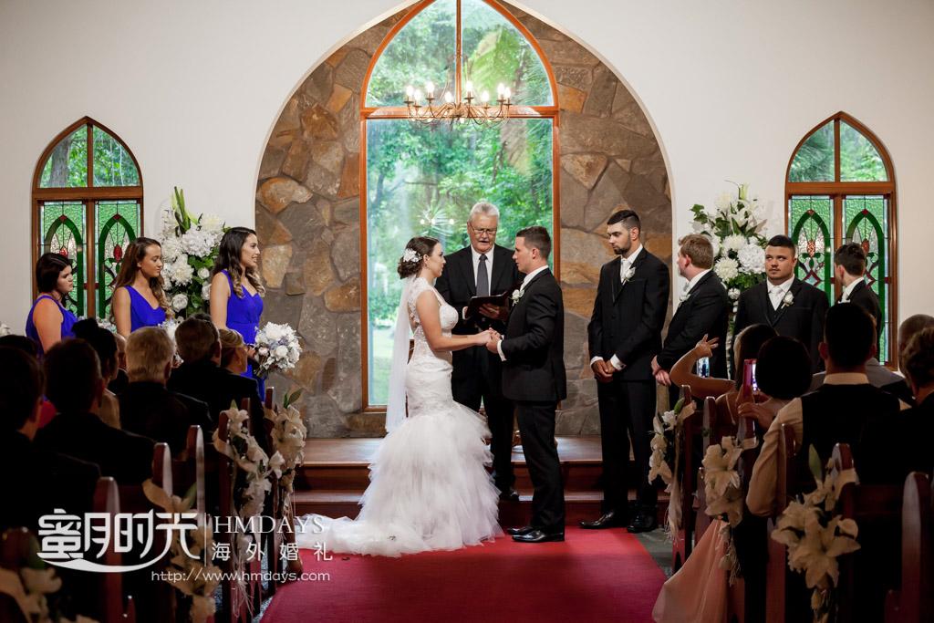 仪式中 澳洲庄园教堂婚礼