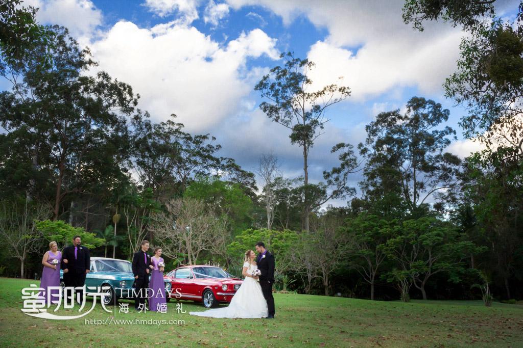 草坪上的摆拍,注意轿车不是标配 摄影师客片效果展示