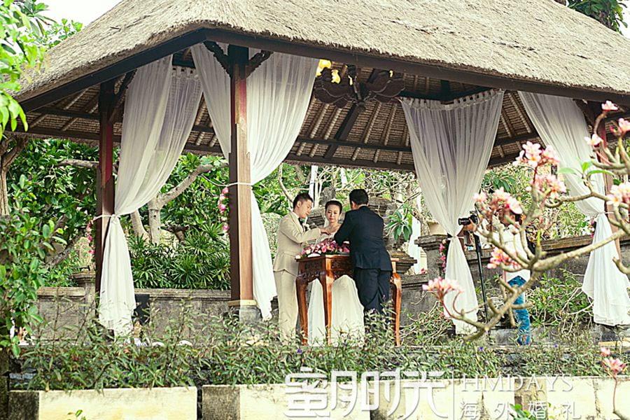 巴厘岛阿雅娜秘密花园婚礼