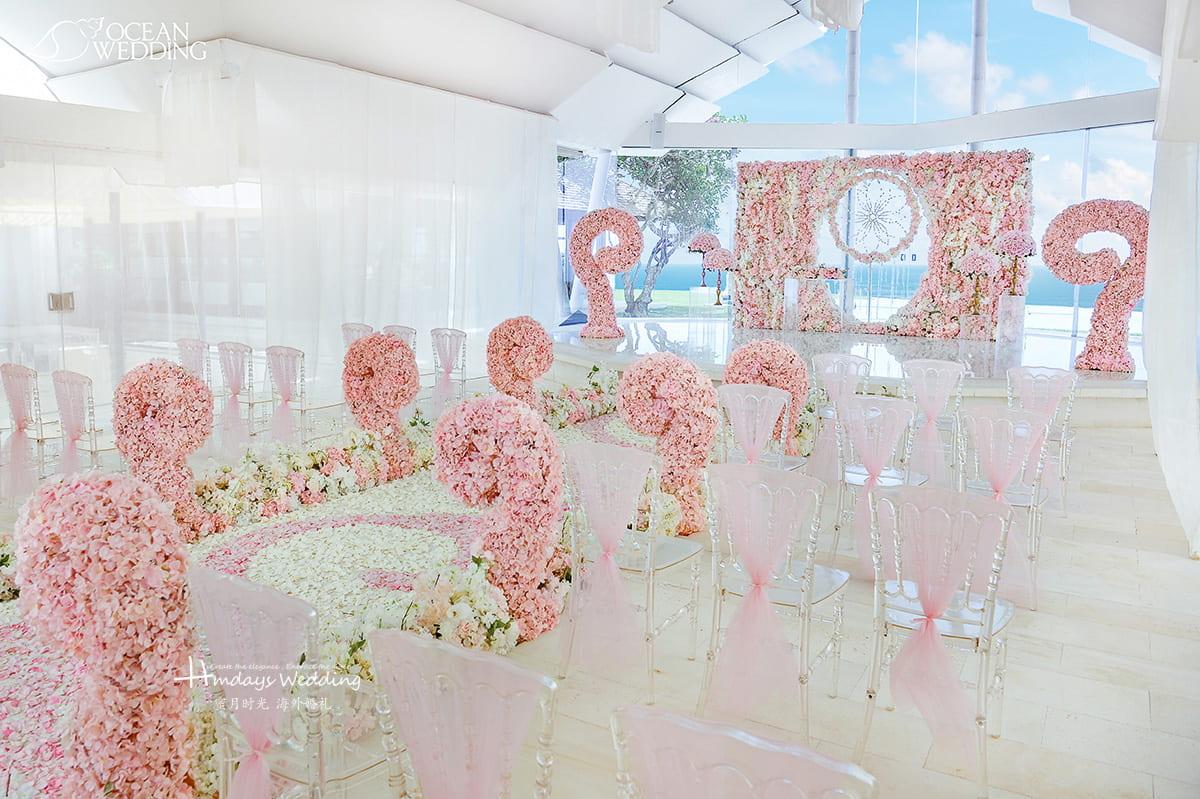 巴厘岛 海之教堂婚礼 捕梦花墙布置 粉色 付费升级