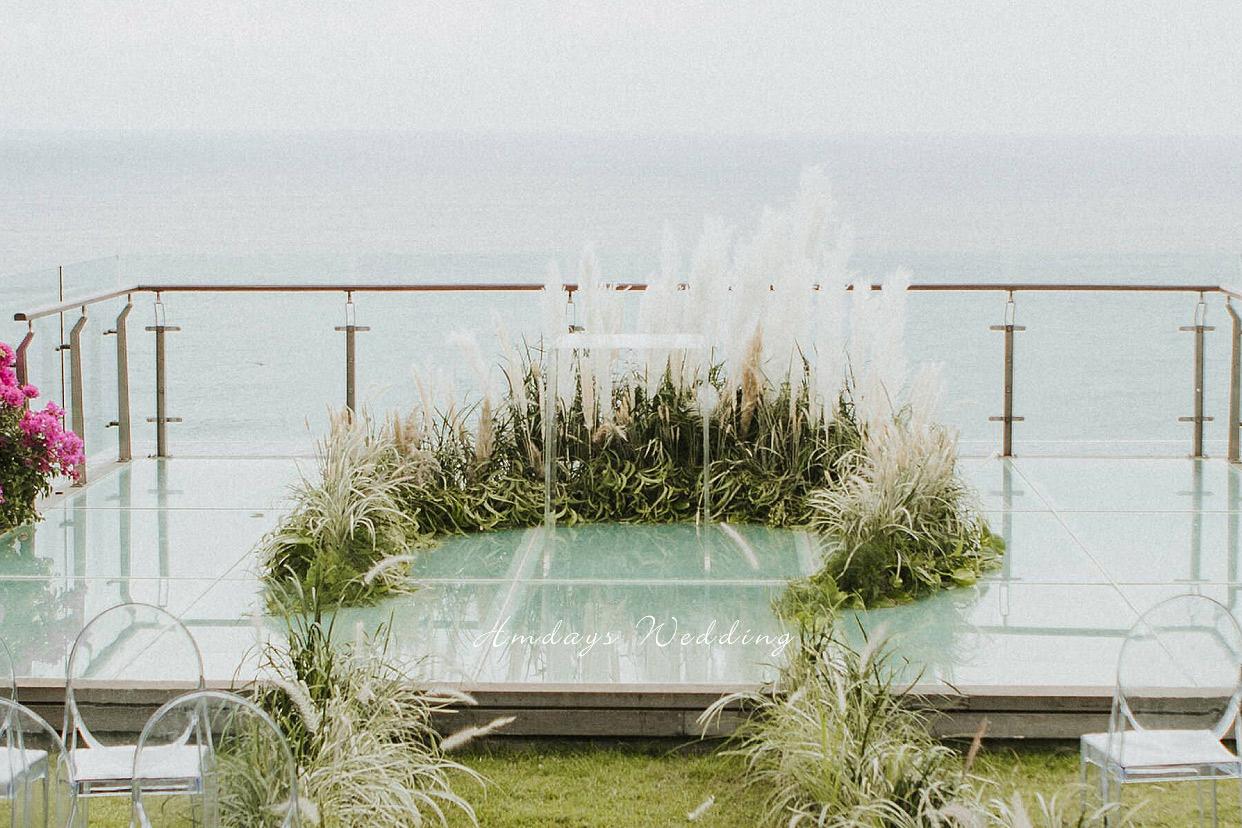 水之教堂悬崖玻璃平台婚礼 巴厘岛水之悬崖婚礼
