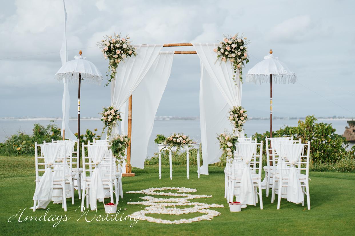 巴厘岛高尔夫海景草坪婚礼