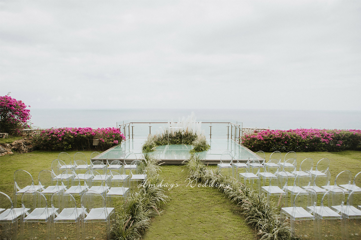 水之教堂悬崖玻璃平台婚礼 巴厘岛水之悬崖婚礼套餐