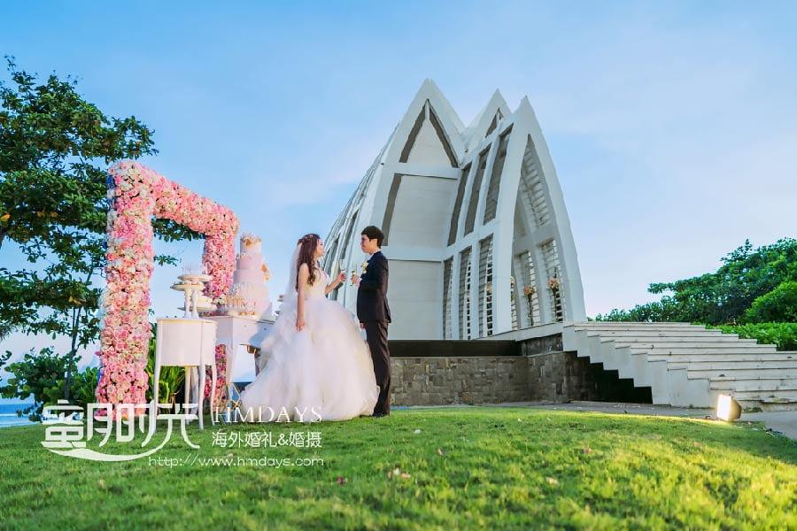 巴厘岛丽思卡尔顿教堂婚礼