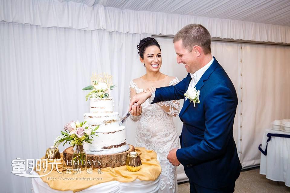 切蛋糕 澳洲庄园婚礼晚宴