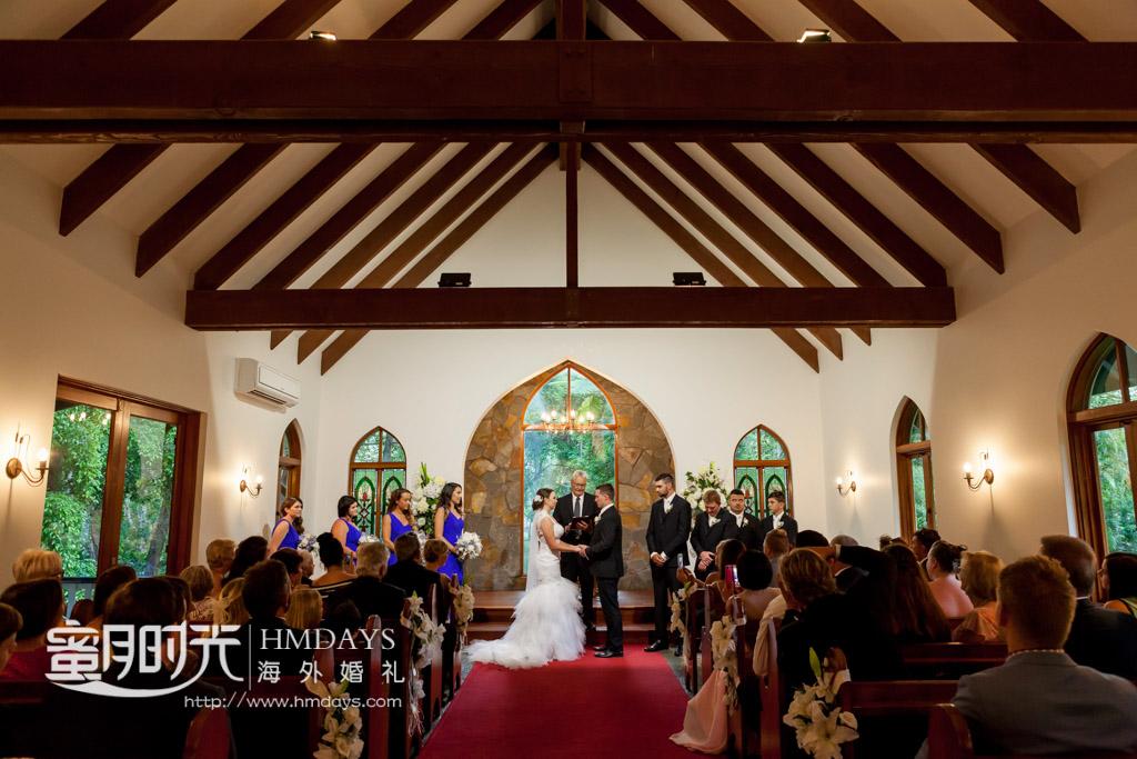 婚礼仪式进行中 澳洲庄园教堂婚礼