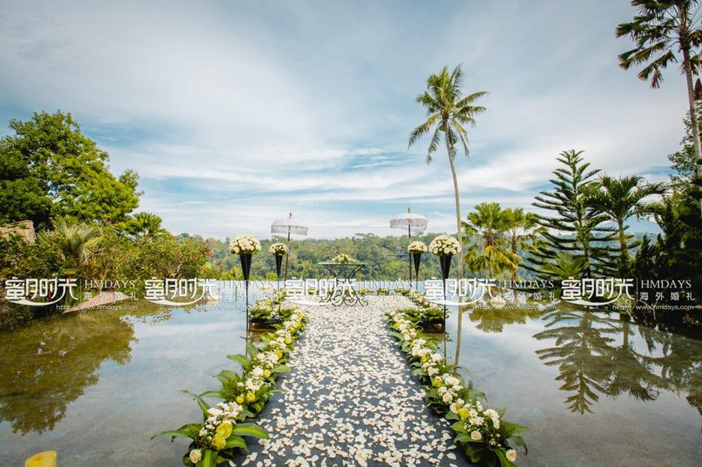 巴厘岛蝴蝶水上婚礼
