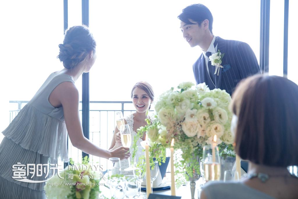酒席中的寒暄 冲绳露梅尔(海之光)教堂婚礼