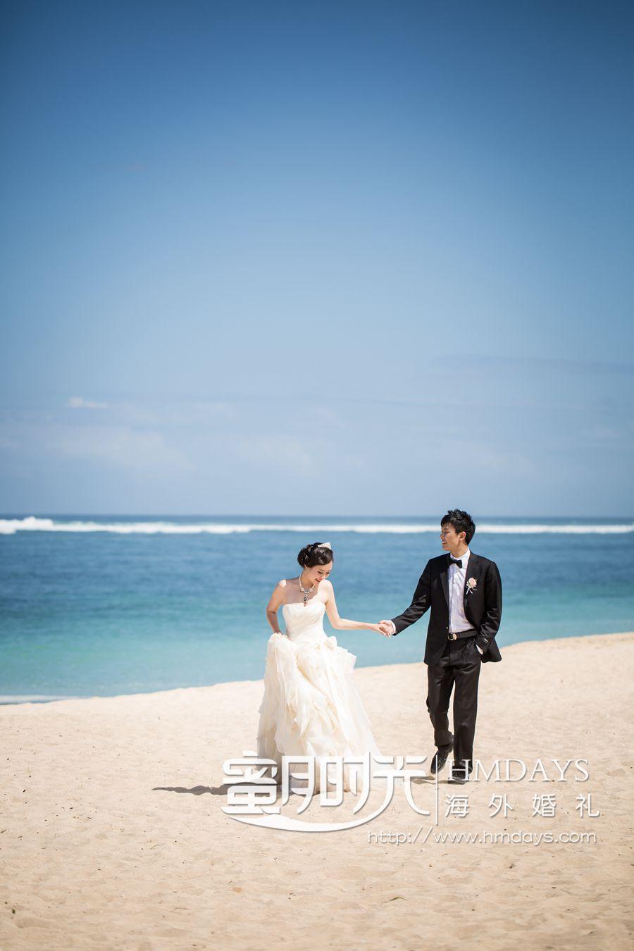 丽思卡尔顿教堂婚礼和晚宴 在酒店沙滩上拍摄外景 海外婚礼