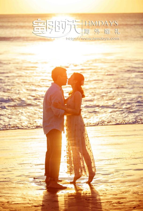 水之教堂婚礼+次日全天外景|巴厘岛沙滩上拍摄的黄昏艺术写真婚纱照摄影|海外婚礼