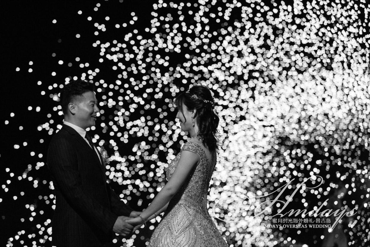王先生和米女士的普吉岛丽宾海景草坪婚礼