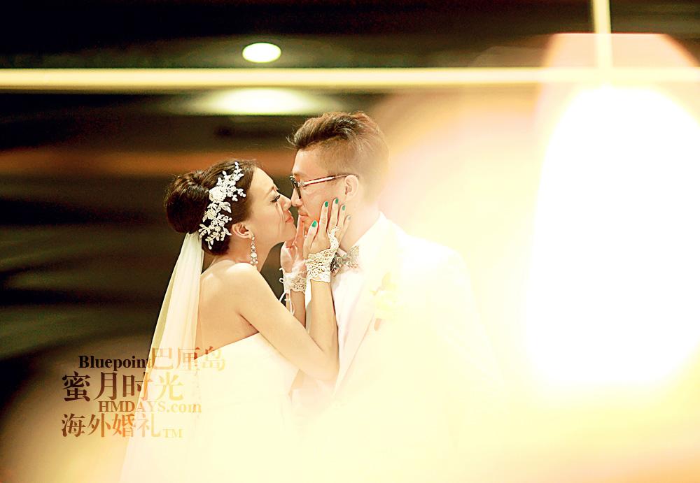 巴厘岛蓝点教堂婚礼--17:30档|巴厘岛蓝点教堂夜景摄影|海外婚礼
