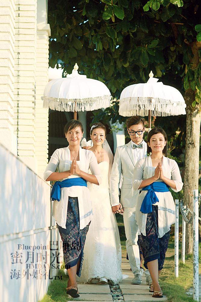 巴厘岛蓝点教堂婚礼--17:30档|花童带领,伞童护后.走向悬崖边切蛋糕|海外婚礼