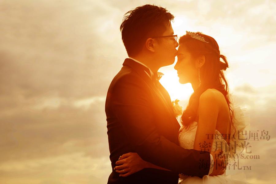 巴厘岛水之教堂婚礼+巴厘岛半日外景婚纱摄影|海外婚礼,乌鲁瓦图夕阳剪影|海外婚礼