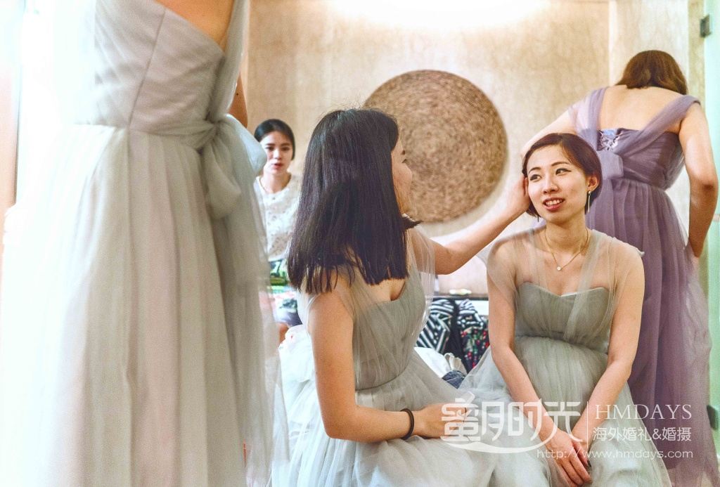 无限教堂婚礼+floating garden晚宴|伴娘在化妆间|海外婚礼