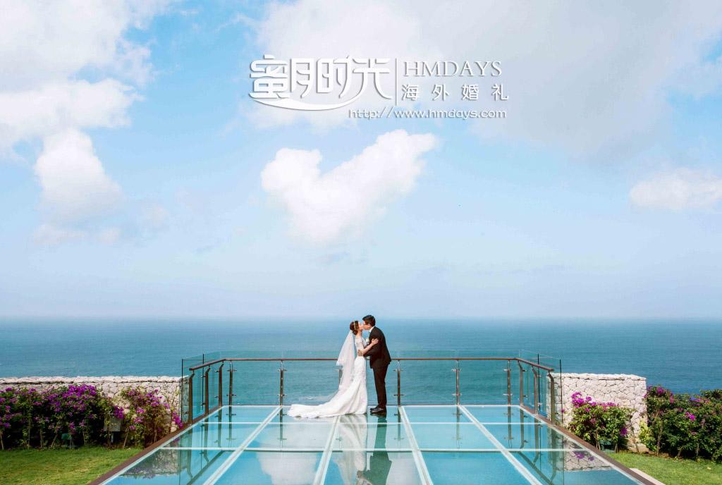 水之教堂婚礼+次日全天外景|巴厘岛透明玻璃平台悬崖取景婚纱照片|海外婚礼