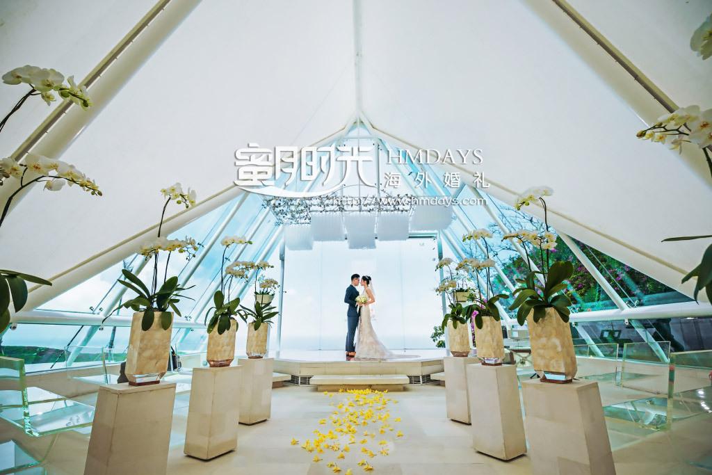 巴厘岛水之教堂婚礼+外景|婚礼结束后教堂内拍摄|海外婚礼