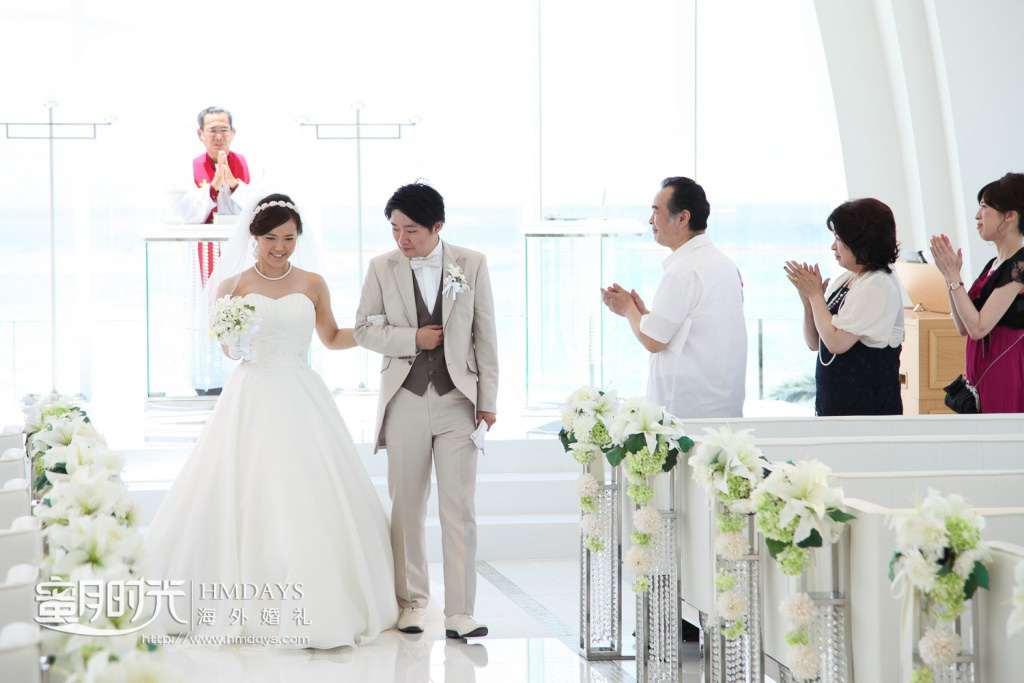 露梅尔冲绳西式白色教堂婚礼婚纱照|海外婚礼|海外婚纱摄影|照片