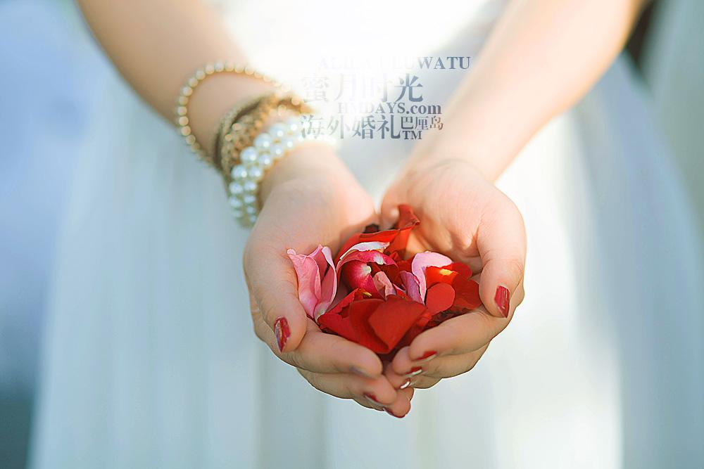 阿丽拉ALILA黄昏婚礼|巴厘岛的鲜花祝福|海外婚礼