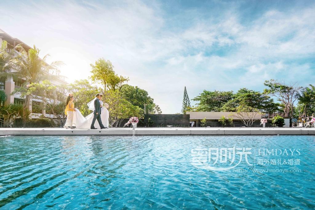 无限教堂婚礼+floating garden晚宴|港丽新娘入场特写|海外婚礼