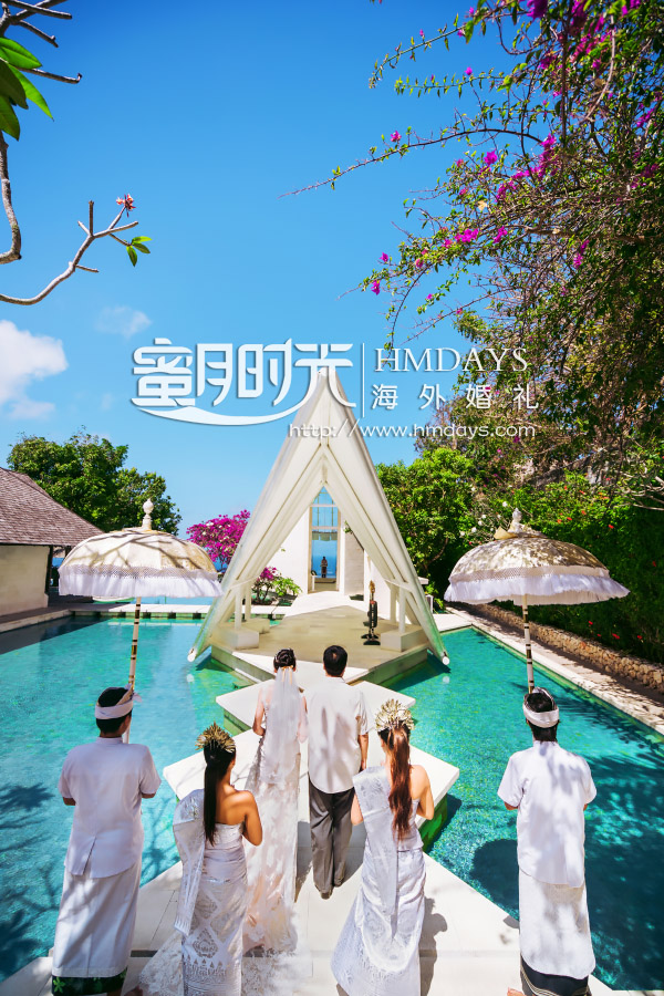 巴厘岛水之教堂婚礼+外景|新人婚礼入场仪式巴厘岛婚礼|海外婚礼