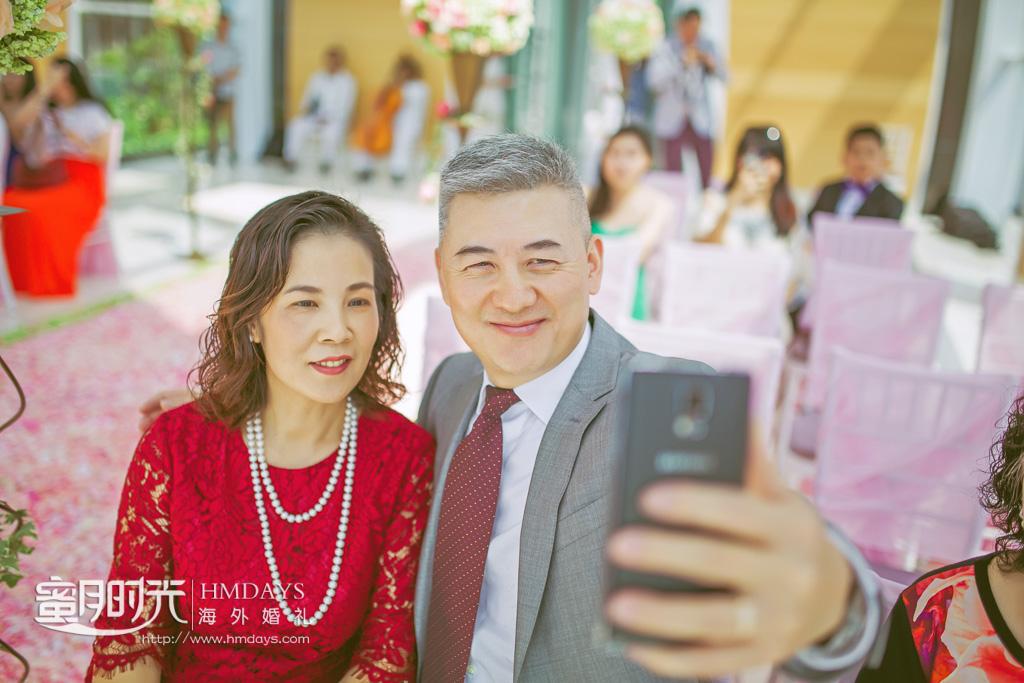巴厘岛丽思卡尔顿教堂海外婚礼|咱们也来合照下_今天孩子结婚_大日子_-蜜月时光海外教堂婚礼|海外婚礼