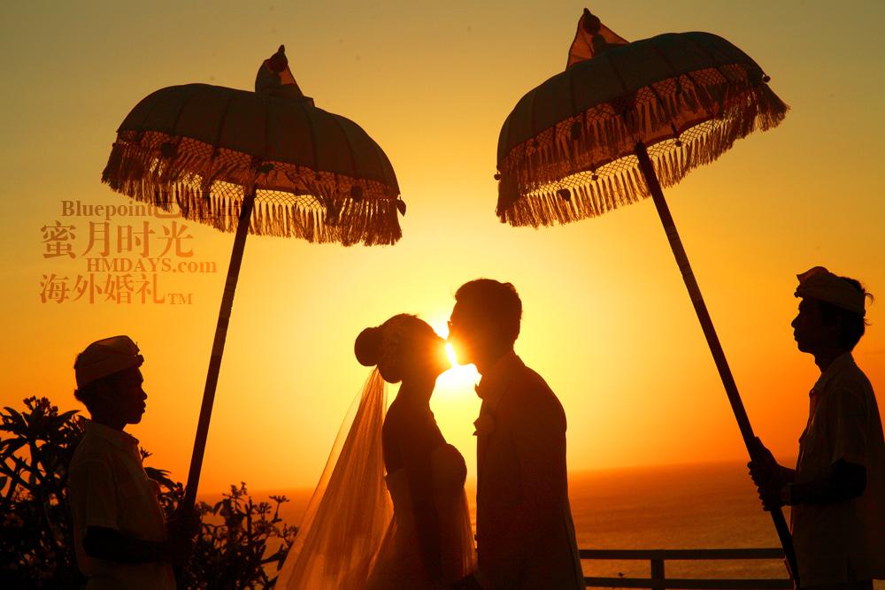 巴厘岛蓝点教堂婚礼--17:30档|KISS|海外婚礼