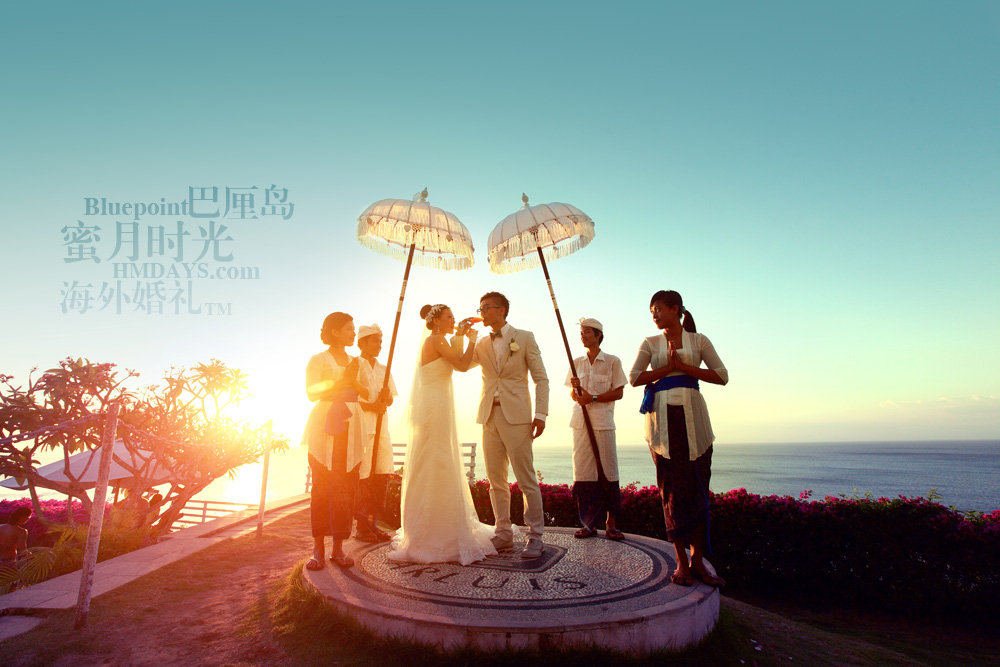 巴厘岛蓝点教堂婚礼--17:30档|在乌鲁瓦图大海前海誓山盟|海外婚礼
