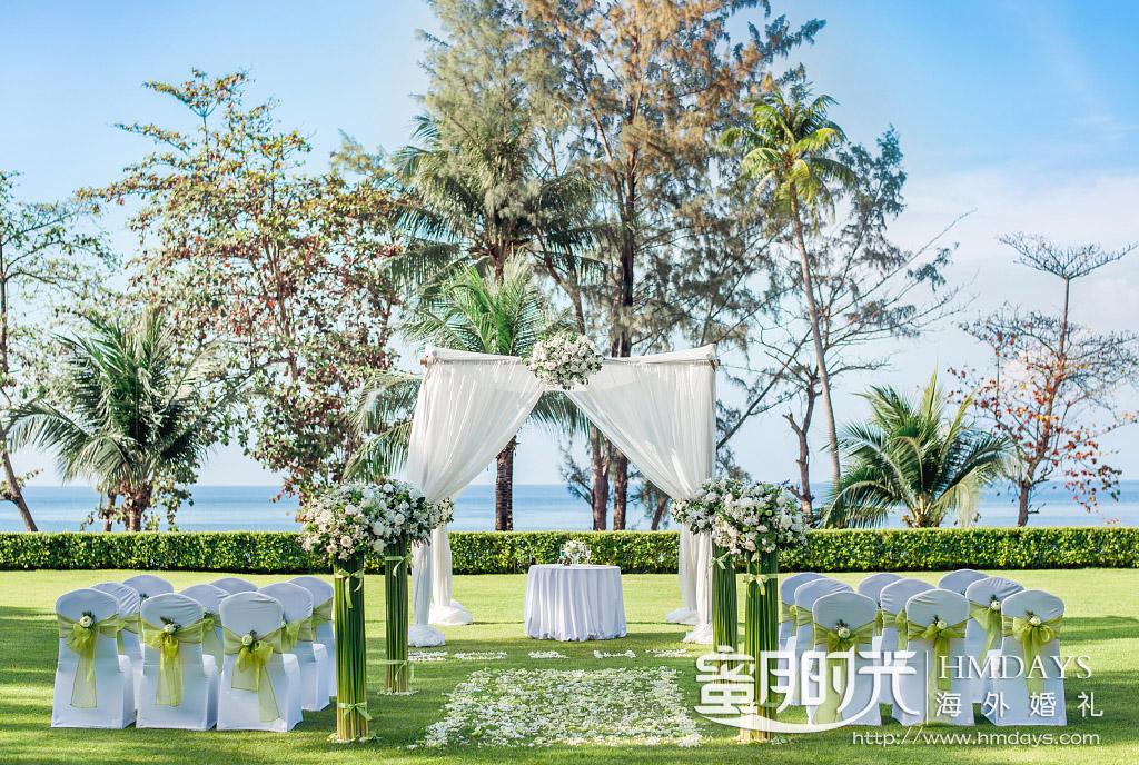 卡马拉海景草坪 普吉岛的草坪婚礼布置_清新美丽 海外婚礼