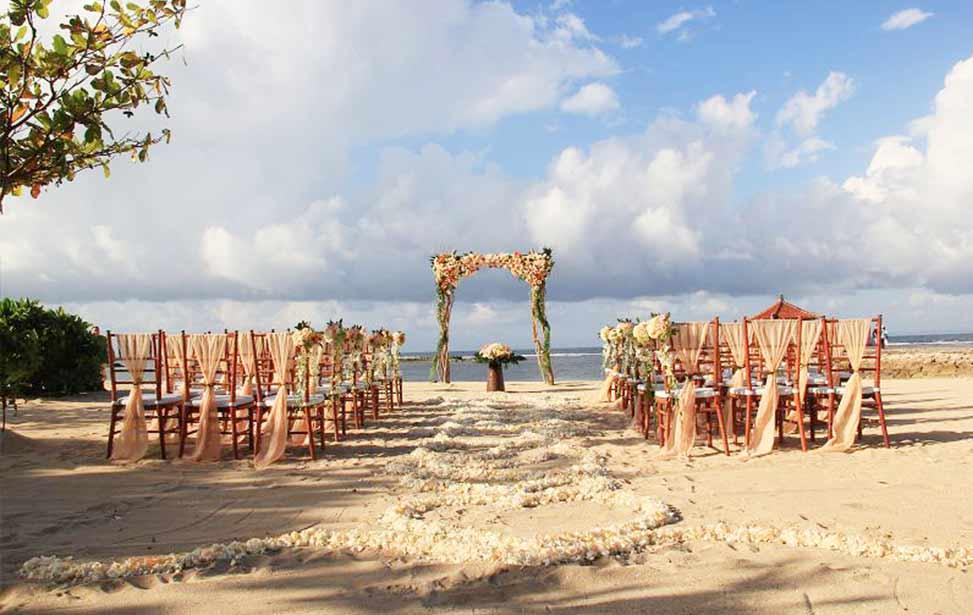KAYUMANIS|巴厘岛肉桂沙滩婚礼|巴厘岛婚礼|海外婚礼|蜜月时光