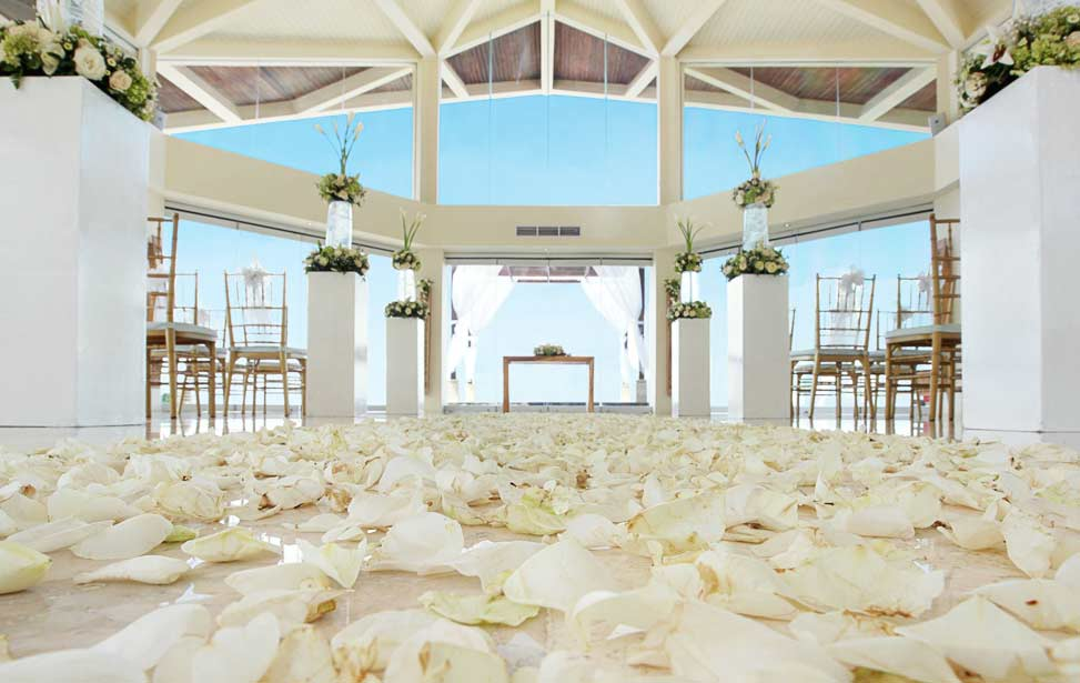 PURNAMA SEMINYAK|巴厘岛水名漾教堂婚礼|巴厘岛婚礼|海外婚礼|蜜月时光