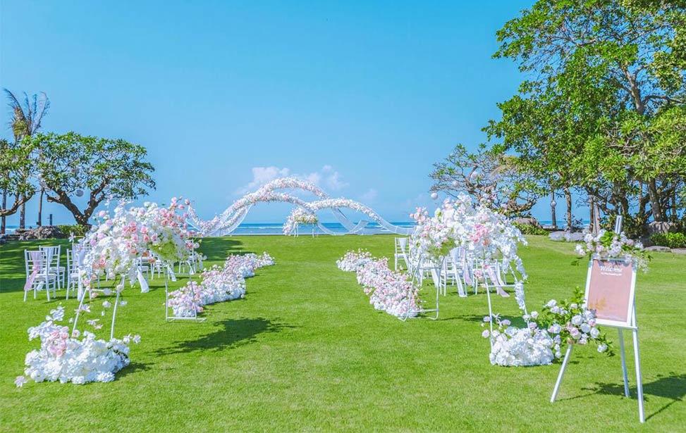 BHAGAWAN|巴厘岛巴加万草坪海景婚礼|巴厘岛婚礼|海外婚礼|蜜月时光