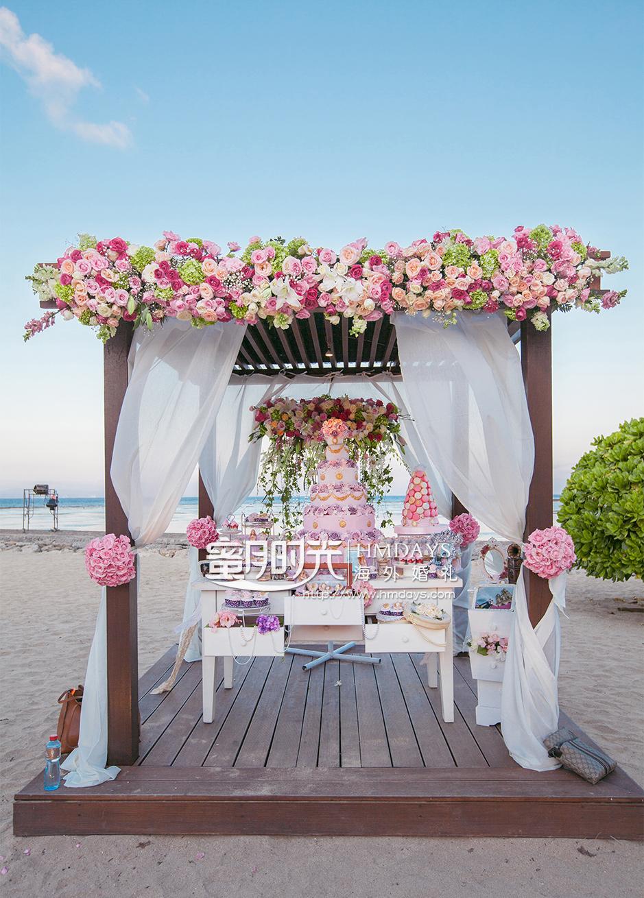 巴厘岛肉桂沙滩婚礼升级布置|海外婚礼定制中高端布置案例|巴厘岛婚礼布置定制案例