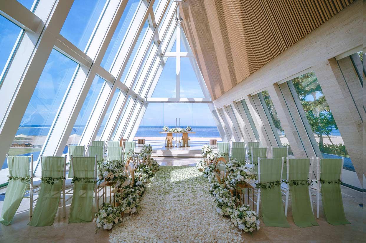 无限教堂婚礼布置 - GREEN FIELD