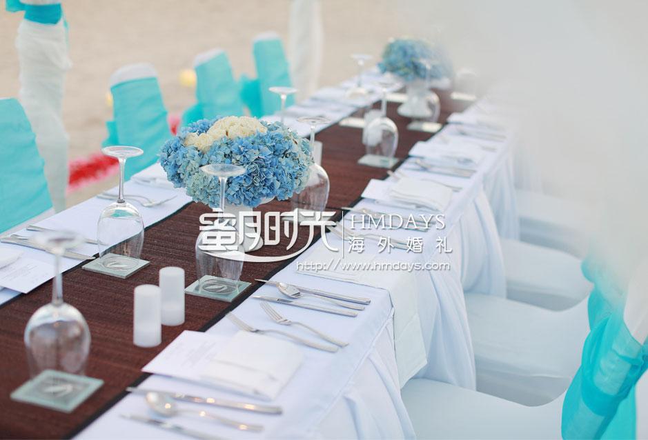 巴厘岛肉桂沙滩婚礼标准布置|海外婚礼定制中高端布置案例|巴厘岛婚礼布置定制案例
