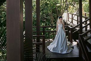 张先生和赵女士的水之教堂婚礼_海外婚礼