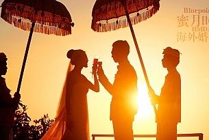 巴厘岛蓝点教堂婚礼摄影_海外婚礼