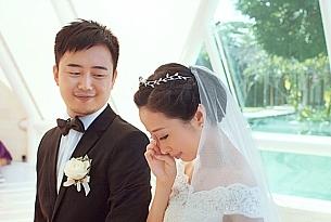 巴厘岛水之教堂婚礼婚纱照_海外婚礼
