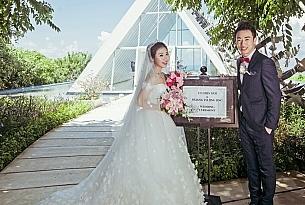 巴厘岛白鸽教堂婚礼_海外婚礼